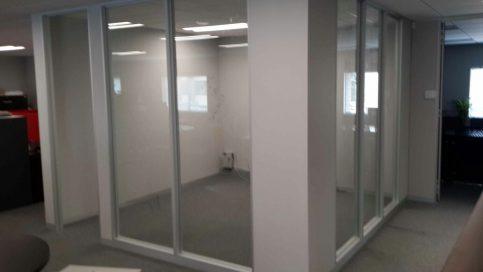 Aluminium partitions